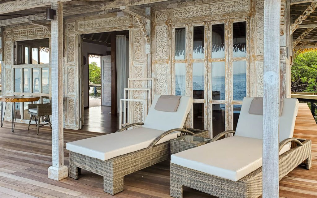 _0004_villa-exterior-chairs-2